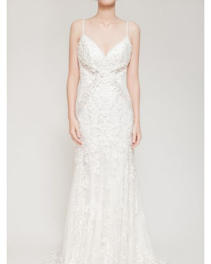 V-Neckline Trumpet Wedding Gown with Embroidery