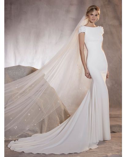Bateau Neckline Mermaid Wedding Dress in Crepe