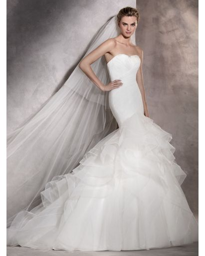 Sweetheart Neckline Mermaid Wedding Dress with Ruffles