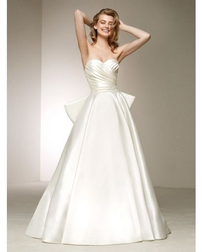 Sweetheart Neckline Princess Ball Gown in Mikado Silk