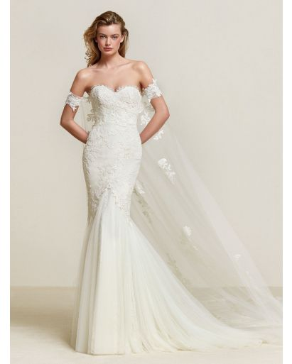 Sweetheart Neckline Mermaid Wedding Dress with Detachable Cape