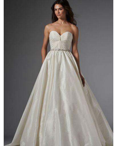 Sweetheart Neckline Princess Ball Gown in Taffeta
