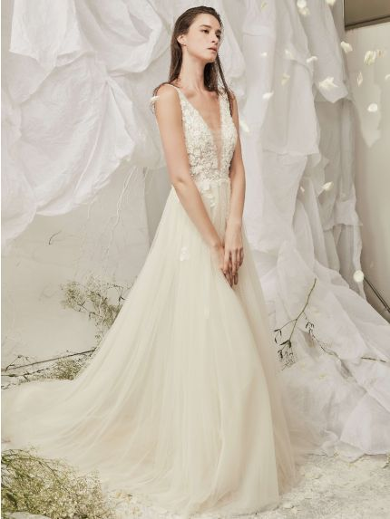 Dreamy V-Neck A-Line Wedding Dress