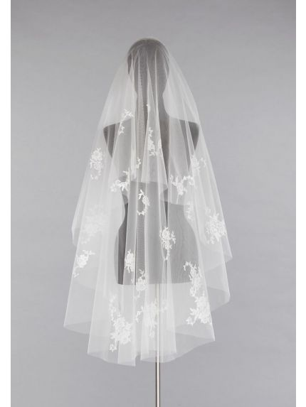 Demure Lace Applique Veil