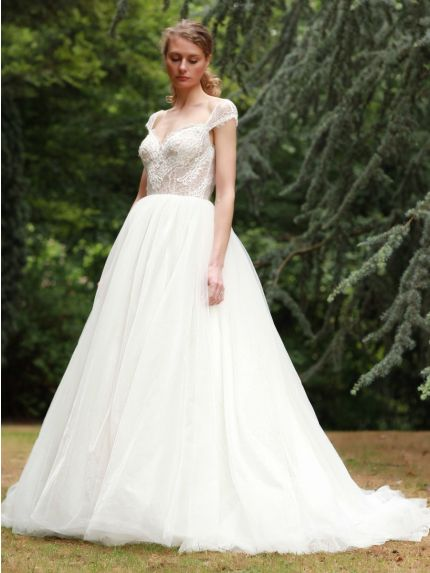 Sweetheart Neckline Princess Ball Gown